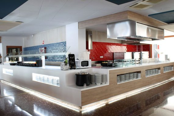 Buffet-Hotel-Aquarium-Lloret-de-Mar