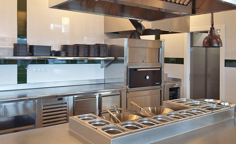 Cocina-Industrial-Profesional-Showcooking-·-SERHS-Projects